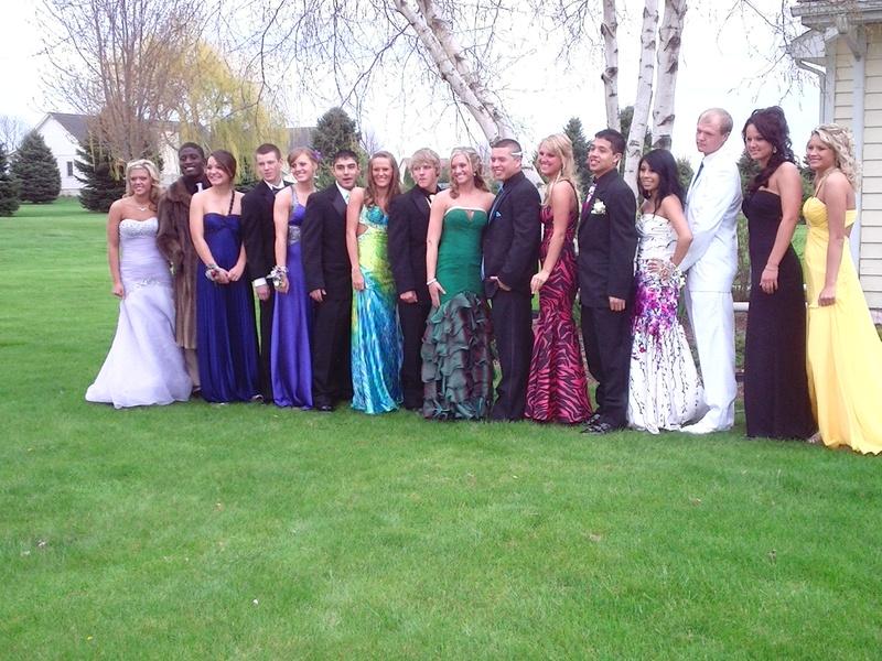Harvard Prom 2011 In Line